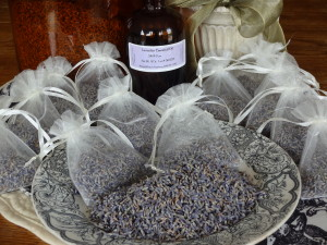 Marci's Lavender Sachets: three tablespoons of dried lavender buds and five drops of lavender essential oil